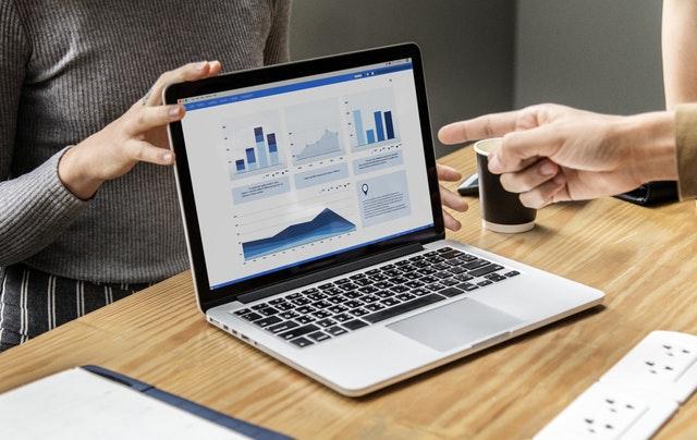 Бизнес лаптопите се различават от стандартните